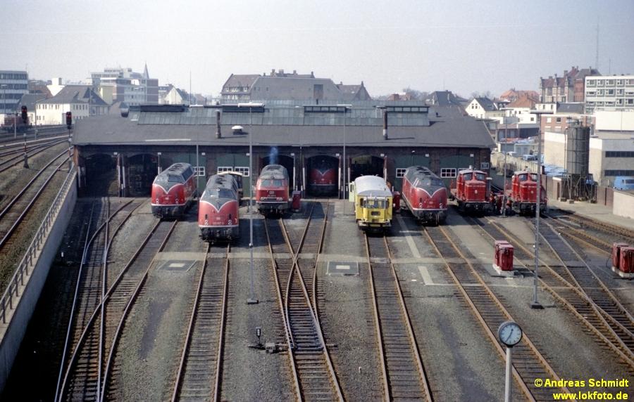 http://rueckblicke.lokfoto.de/Vor_25_Jahren/1979/1979_2/fn62_7_29_Bw_Oldenburg.jpg