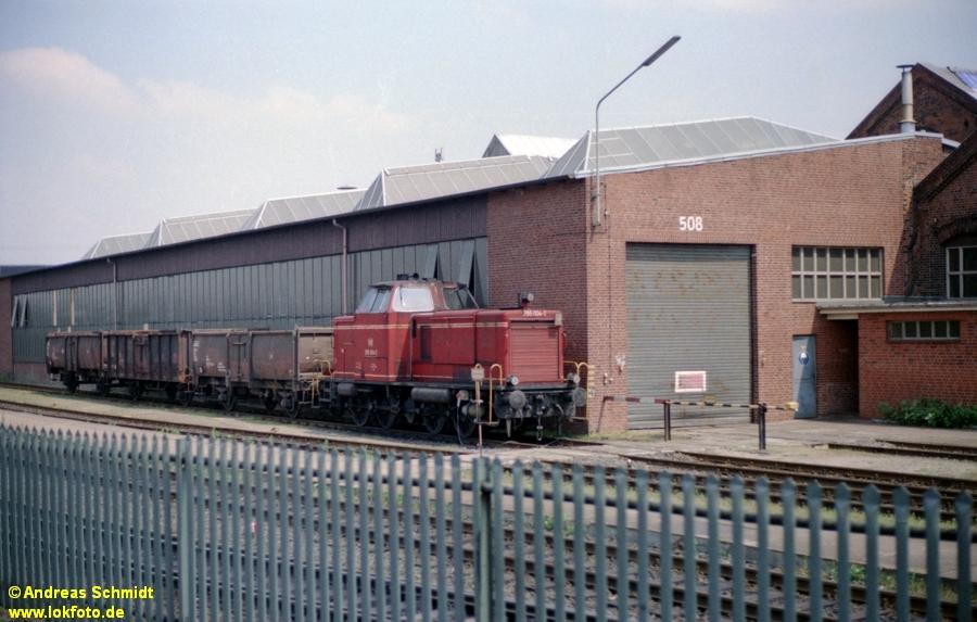 http://rueckblicke.lokfoto.de/Vor_25_Jahren/1979/1979_4/fn74_4_47_265_004.jpg