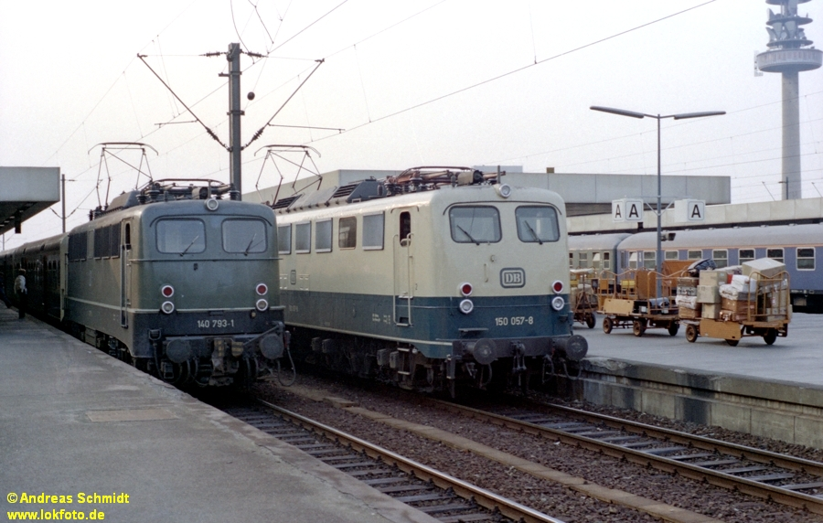 http://rueckblicke.lokfoto.de/Vor_25_Jahren/1979/1979_4/fn77_3_3_140_793_150_057.jpg
